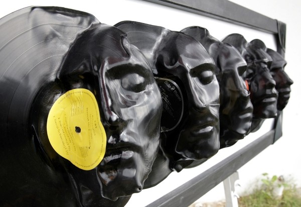 Prodigious Sculptures Made Of Vinyl Records